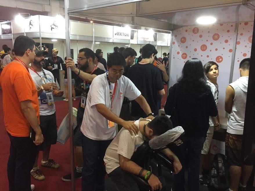 Mais de 500 pessoas vieram nos prestigiar e ganharam uma massagem!